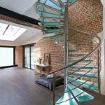 escalier tournant LOFT en métal inox brossé et marche en verre opale à Nancy 54 en Lorraine EDI010