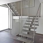 Escalier loft limon central avec marches et garde corps 100% inox à Luxembourg EDI020