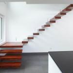 Escalier à marches flottantes en bois EDI023