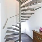 Escalier tournant inox et marches en caillebotis EDI27