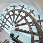 Détails vue dessous escalier design inox EDI37
