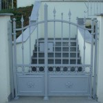 Portillon de même style que le portail précédent