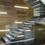 escalier moderne en acier marche en gres cerame DEI 011