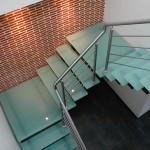 Escalier demi tournant marche et palier en verre en Meurthe et Moselle EC24