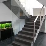 Paroie vitrée contemporaine sur mesure et Main courante en inox  GCV18