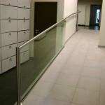 Rampe en verre d'hall d'entrée avec support inox à Luxembourg GCV23
