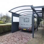 Abris de camping-car adossé en aluminium, toiture polycarbonate A3