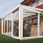 Véranda de jardin avec panneaux en verre P21