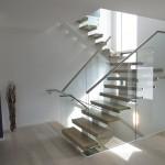 escalier 1/2 tournant balancé limon central metal EC05