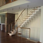escalier métal à limon central à crémaillère caisson EC02