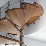 escalier colimaçon inox et chêne
