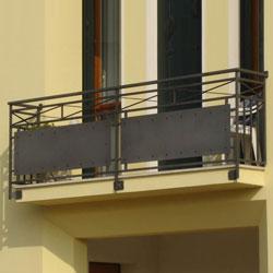 Balcon de style contemporain en tôle d'acier
