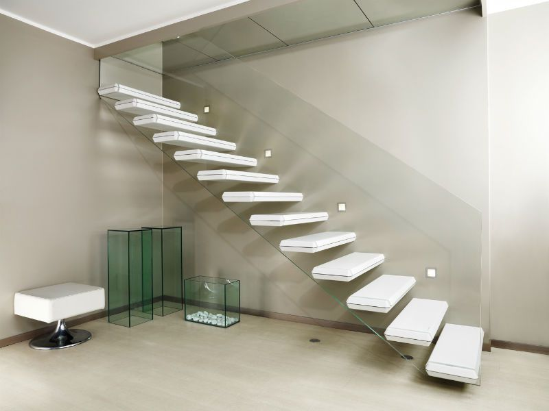 escalier design marches flotantes et rampe verre DEI016 - La Maestria