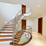 Garde-corps inox pour escalier à marche de bois