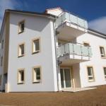 Garde-corps inox et verre opaque pour balcons