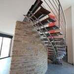 Escalier inox design limon central marche en chêne pour Maison Trabeco à Reims 51100 en Champagne