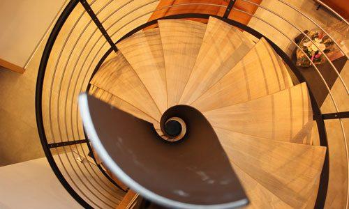 Escalier en colimaçon bois et acier