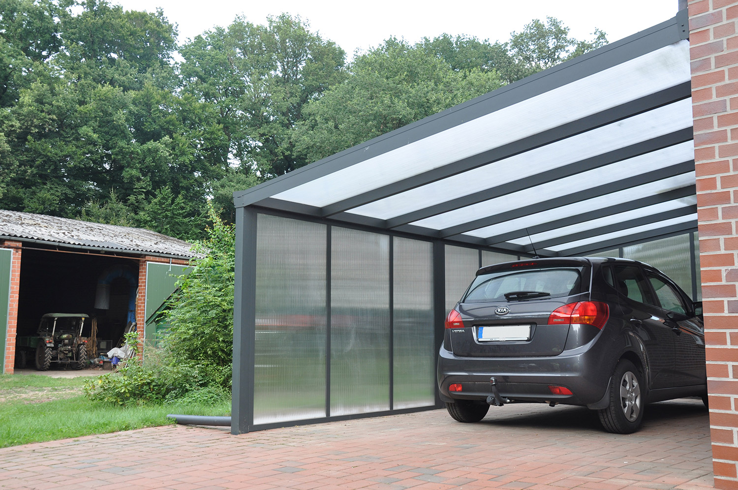 f17ffb4606bb7 Carport