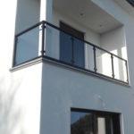 Balcon avec garde-corps acier verre