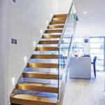 escalier droit verre-inox-bois