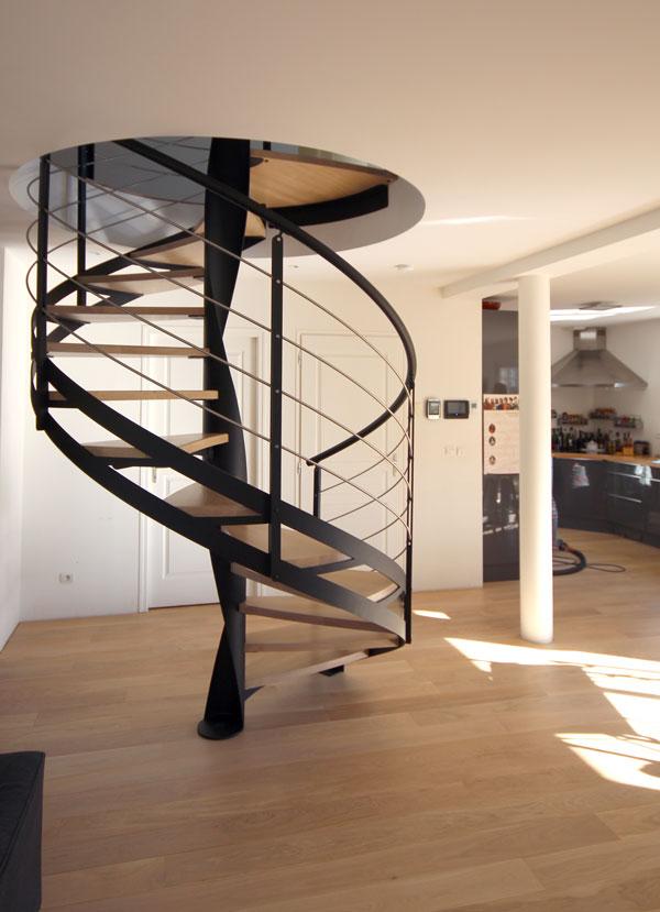 Escaliers En Acier Metal Sur Metz En Lorraine Et Sur Toute