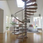escalier hélicoïdal avec fût en inox